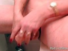 Squirting in Public Bathroom