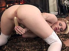 Jayme Langford Dildos Her Hole
