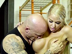 Derrick can find the right approach even to the most obstinate woman. When his boss scolds him for his bad work and sluggishness, he knows what to do to calm her down. At first he slowly gropes her big tits, then fingers her warm pussy and... Join right away and he will show you all his tricks!