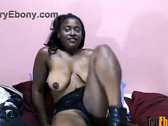 Black chocolate princess Diamond masturbates meaty pussy