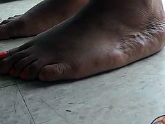 Big Mature BBW Ebony Soles