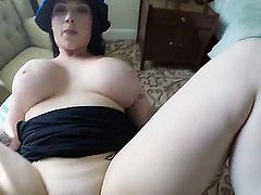 Is there anything better in Britain than fucking some natural Brit jugs in sexhotel? Hell, no! This lucky tourist gets a tit job, blow job, any job in this pov video by this cock hungry British girl.
