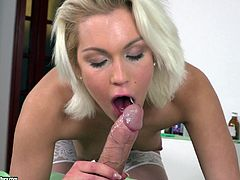 Double penetration game is all Cecilia Scott wants in her holes