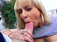 Trashy looking gaped anus of hot blooded anal-insane whore Cherie Deville