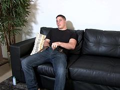 He has some spare time away from training, so this officer goes home to jack off and have an orgasm. Look at him stroke that thick and juicy rod until he erupts a sweet load of jizz. He wants to cum all over you!
