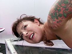 Francesca Le gives Candy Theif, Dollie Darko a real Treat