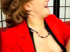 Mature lesbo gets her cum-hole toyed with a large vibrator
