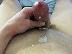 Cumshot nude in front of my cam