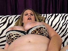 Sexy plumper slut displays her juicy tits plump ass and pussy She fingers her pussy and then sucks a thick dick Then takes that dick in her pussy and get fucked in many positions
