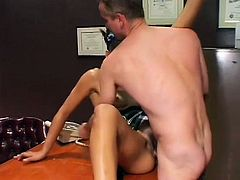 Dilettante wench gets her hairless pussy licked and fucked