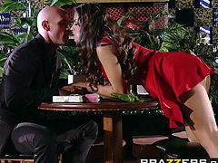 Brazzers   Real Wife Stories   Yurizan Beltran Johnny Sins   Happy Anniversary Slut