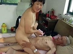 http://img4.sexcdn.net/0p/ts/x9_asian_mature.jpg
