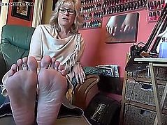Aged hawt feet and soles