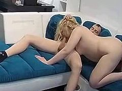 snr she sucking his dick 2