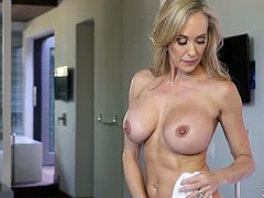 Oversexed mature blonde Brandi Love is riding a dick before hot 69 scene