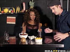 Brazzers - Shes Gonna Squirt - Carla Cox Kiki Minaj and Dann