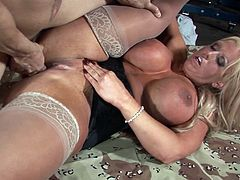 Naughty Alura Jenson gets her cunt pounded hard on the floor