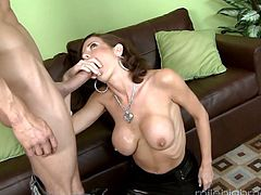 Trashy looking bitch Veronica Avluv is fucked and jizzed by horny neighbor