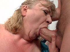 GRANNIES WET SPANK BANG