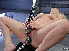 Beautiful blonde Milf fucking machine solo