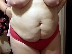 my wife showing her big breasts
