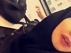 Hijab loves black