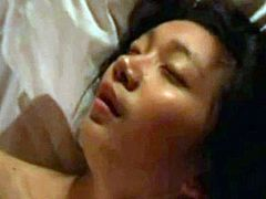 Asian teen and great orgasm
