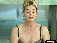 Hot mom gives massage and gets screwed