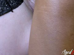 Mature woman Lacey Starr enjoy having dirty interracial sex with her client