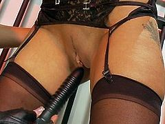 Kinky mistress has her way with her sex slave