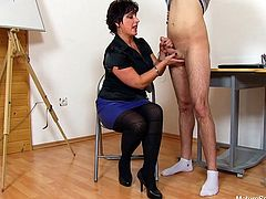 Big Tit Mature Teacher Loriell Handjob