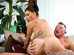 Peta Jensen is no amateur when it comes to fucking. Just watch how she moves those hips and rides this hard cock! Its surprising he lasted that long before blasting his cum all over her stomach!