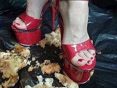 Lady L crush apples with 20 cm extreme high heels