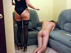 spanking slave for real