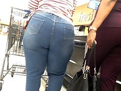 Wide thick Ebony Booty Granny in Jeans