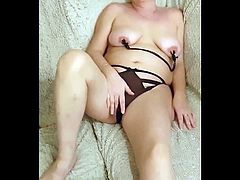 HORNY MILF CHAIN AND CLAMPS