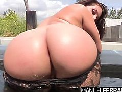 Gracie glam's massive booty rumbles