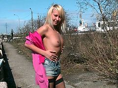 UKRAIN BABE MAKING SOME NICE ESCORT CASH - PARTY OUTDOOR IND
