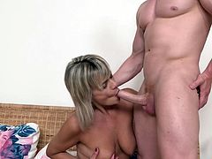 True mature mom suck and fuck strong son