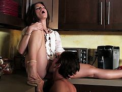 Petite wife cheats with ex bf and is pussy licked and fucked